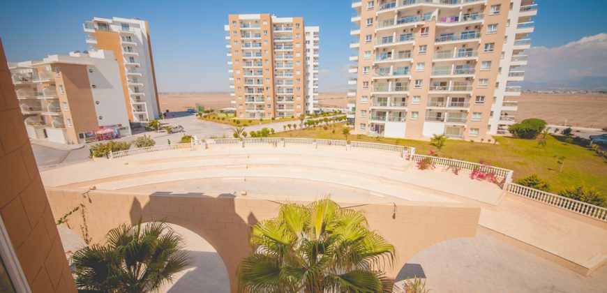 3 Bedroom Penthouse of 120m² + 20m² Terraces in Long Beach