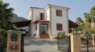 Fully Furnished 3 Bedroom Villa of 250m² in Catalkoy