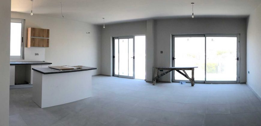 3 Bedroom Penthouse of 145m² in City Center of Kyrenia