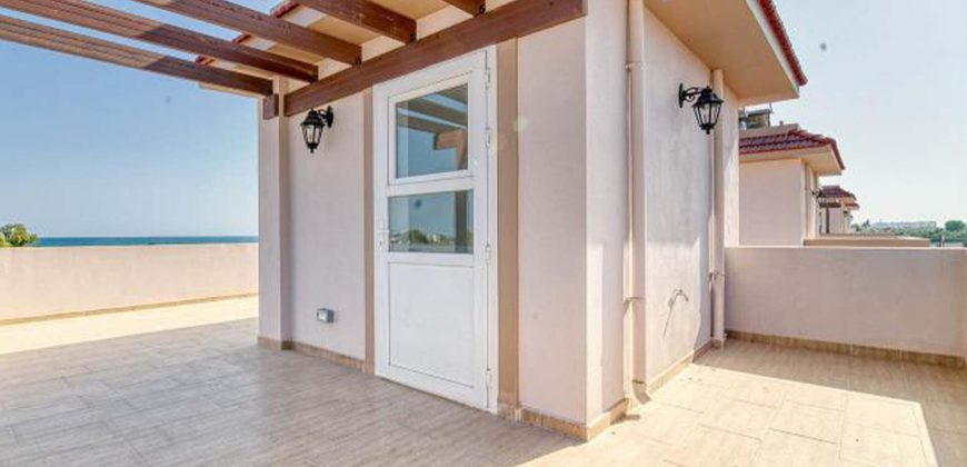 3 Bedroom Villa of 150m² in Long Beach